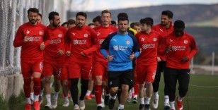 Sivasspor'da zorlu Fenerbahçe maçı öncesi 6 eksik!