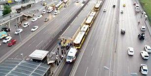 Metrobüs durağında yaşanan olayın detayları ortaya çıktı
