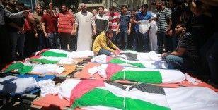 New York Times: Son 8 günde en az 61'i çocuk 232 Filistinli hayatını kaybetti