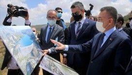Cumhurbaşkanı Yardımcısı Oktay, KKTC Sulamaları İletim Tüneli'nde incelemelerde bulundu