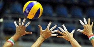A Milli Kadın Voleybol Takımı, Voleybol Milletler Ligi üçüncü maçında Polonya'yı 3-1 mağlup etti
