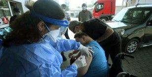 Kovid-19'la mücadele kapsamında uygulanan aşı miktarı 28 milyon 673 bin 272'ye ulaştı