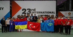 23. Uluslararası Gençler Şampiyonlar Güreş Turnuvası'nda Türkiye şampiyon oldu
