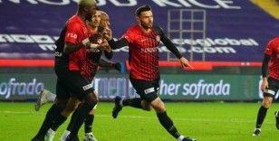 Gaziantep FK, Amedej Vetrih ile 2 yıl daha uzattı