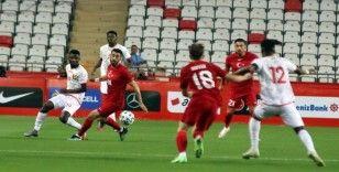 Hazırlık maçı: Türkiye: 0 - Gine: 0 (Maç sonucu)