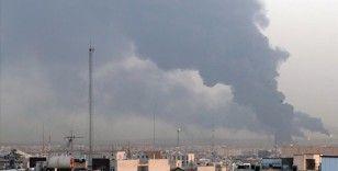 Tahran'ın güneyindeki Şehid Tondguyan Petrol Rafinerisinde yangın