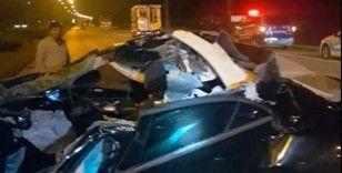 Tıra otomobil çarptı: 1 ağır yaralı