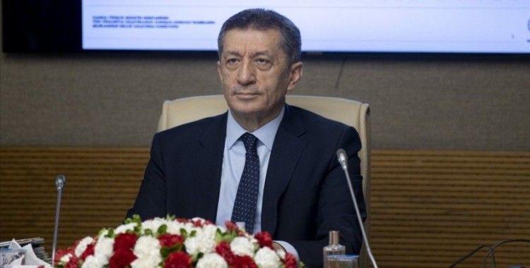 Milli Eğitim Bakanı Selçuk: Okulların eylül başında açılmasını istiyoruz