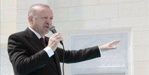 Cumhurbaşkanı Erdoğan: TSK, içindeki hainlerden temizlendikçe başarıdan başarıya koşuyor