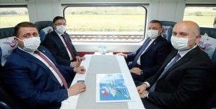 Oktay, Kırıkkale'de yüksek hızlı tren şantiyesinde incelemelerde bulundu