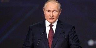 Rusya Devlet Başkanı Putin'den 'ABD doları silah olarak kullanıyor' açıklaması