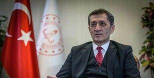 Milli Eğitim Bakanı Selçuk, LGS'ye girecek öğrencilere başarılar diledi