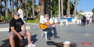 Bodrum Belediyesi sanatçılara destek olmaya devam ediyor