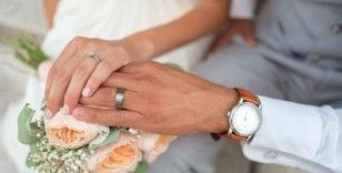 Kısıtlama nedeniyle evlenemeyen çiftler harekete geçti: Bu yaz düğün rekoru var
