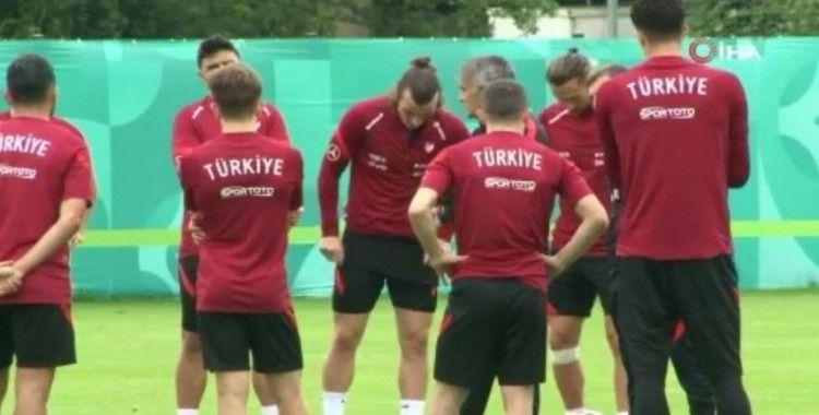 A Milli Takım, İtalya maçı hazırlıklarını sürdürdü
