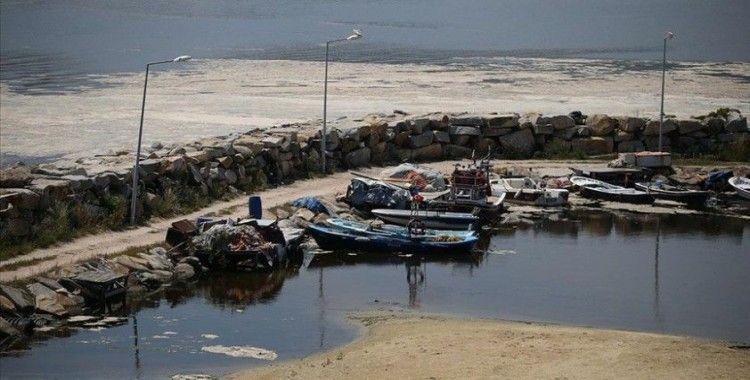 Balıkesir kıyılarında müsilaj görülmeye devam ediyor