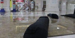 Başkent'in en eski çarşılarından Zafer Çarşısı'nı su bastı