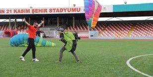 Mardinli gençlerden yamaç paraşütüne büyük ilgi