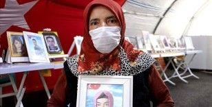 Diyarbakır annelerinden Hatice Levent: Çocuklarımızı almadan bu kapıdan gitmeyeceğiz