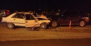Tekirdağ'da 2 araç kafa kafaya çarpıştı: 1 ölü, 3 yaralı