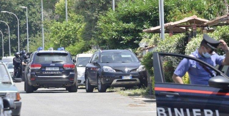 İtalya'da silahlı saldırı: 2'si çocuk 3 ölü