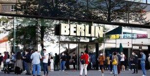 Almanya'da maske zorunluluğunun kaldırılması tartışılıyor