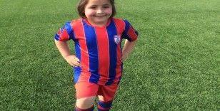 Altınordu alt yapısına kız futbolcu