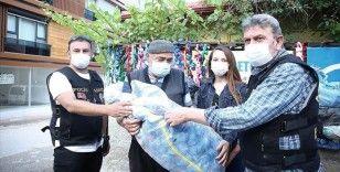 Eskişehir'de dede ile torununun yardım için topladığı kapakları çaldığı iddia edilen şüpheli yakalandı