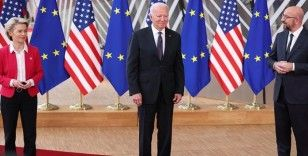 AB-ABD Zirvesi Brüksel'de başladı