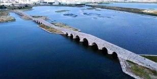Mimar Sinan'ın şaheseri olan tarihi köprü yıkılma tehlikesi altında