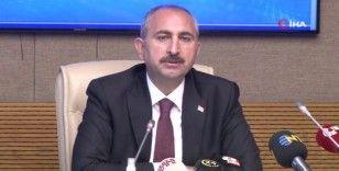 """Adalet Bakanı Gül: """"Dijital mecralar hukuk güvenliğinin de özgürlüğün de ana konusudur"""""""