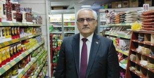 'Bakkal amcadan' zincir marketlerin pazar günleri kapatılması talebi