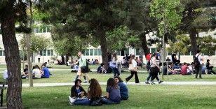 Yıldız Teknik Üniversitesi'nin tarihi Davutpaşa Kampüsü'ne yarı zamanlı Millet Bahçesi yapıldı