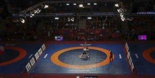 Türk güreşçiler Bulgaristan'da birer gümüş ve bronz madalya daha kazandı