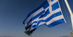 Yunanistan'da küçük uçak düştü: 2 ölü