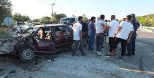 Balıkesir'de iki otomobil çarpıştı: 7 yaralı
