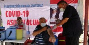 1250 rakımlı yaylada mobil ekiplerden vatandaşlara aşı hizmeti