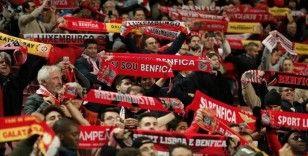 Futbol kulüpleri ilk yarıda borsalarda Benfica'yla atağa kalkarken, Juventus'la kayıpları oynadı