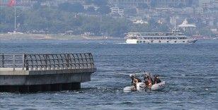 Denizde kaybolan AA çalışanını arama çalışmalarına ara verildi