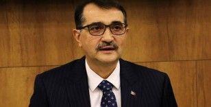 """Bakan Dönmez: """"Zamların Türkiye ekonomisi ile bir alakası yok"""""""