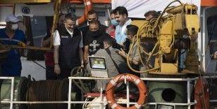 Bakan Kurum ve Bakan Pakdemirli Marmara Denizi'ne midye bıraktı