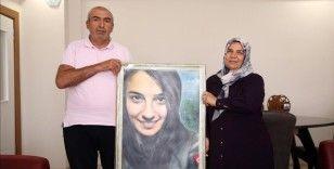 15 Temmuz şehidi özel harekat komiser yardımcısının ailesi hüznü ve gururu bir arada yaşıyor