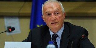 AB Terörle Mücadele Koordinatörü Gilles de Kerchove, YPG'ye katılan Avrupalılarla ilgili uyarıda bulundu
