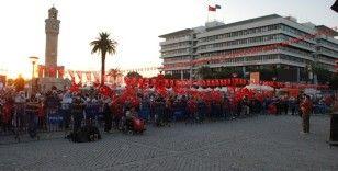 İzmir'de 15 Temmuz anması başladı
