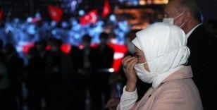 Cumhurbaşkanı Erdoğan ve eşi Emine Erdoğan 15 Temmuz Demokrasi Müzesi'nde duygu dolu anlar yaşadı