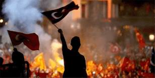 Türk Milleti hainlere 'dur' dedi