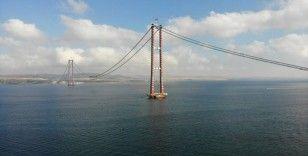 Tatilcilerin gözü kulağı o köprüde