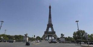 Eyfel Kulesi 9 ay sonra yeniden ziyarete açıldı