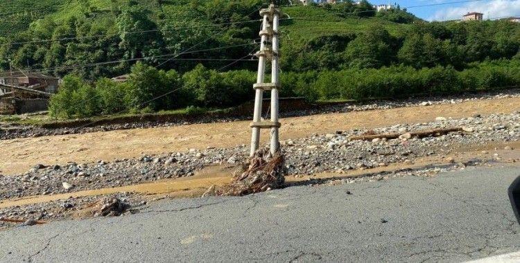 Rize'de sel felaketinden etkilenen 272 trafonun enerjisi verildi
