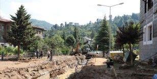 Rize'deki sel ve heyelanın ardından hasar tespit ve temizlik çalışmaları sürüyor